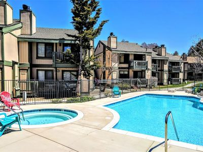 Photo for *LOWER LEVEL LAKESIDE CONDO~Pool/Spa~Walk To Lake~