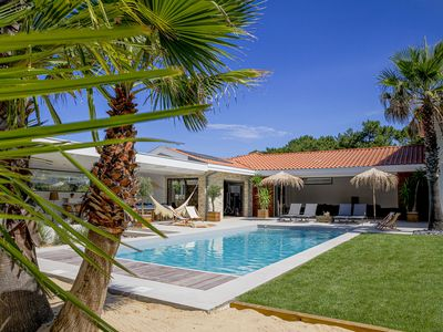 Photo for VILLA CLARIS, BIG HOUSE 300 METERS AWAY FROM THE BEACH