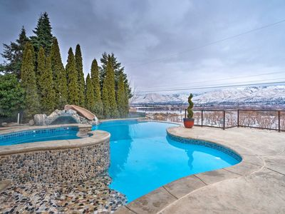 Photo for East Wenatchee House - Heated Pool w/ Mtn. Views!