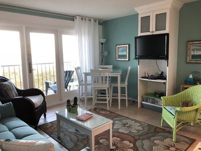 Photo for One Bedroom Oceanfront Condo With Room for Six