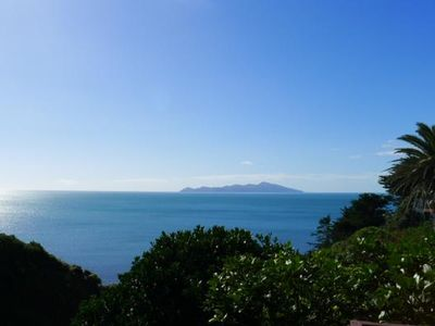 Photo for Kapiti Outlook - Kiwiana Holiday Home