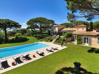 Photo for Beautiful villa in the Parks of Saint-Tropez