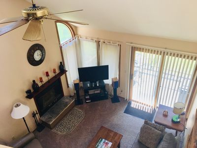Sunny Vaulted Living Room-View From Entry