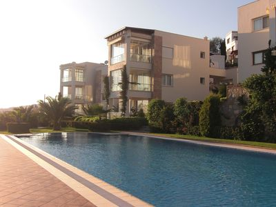 Photo for With sea views to the island of Kos, large pool, gardens