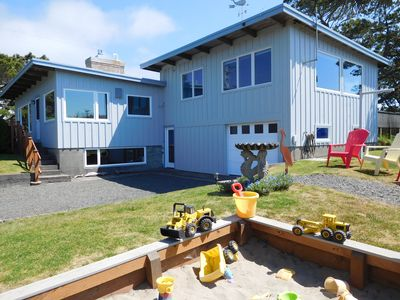 Photo for Fantastic Family Home – Classic Gearhart  – Ping Pong, Games, Great Yard