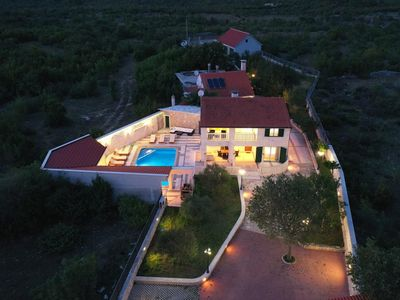 Photo for Villa AnBer - luxurious ambient style villa with private pool near Split
