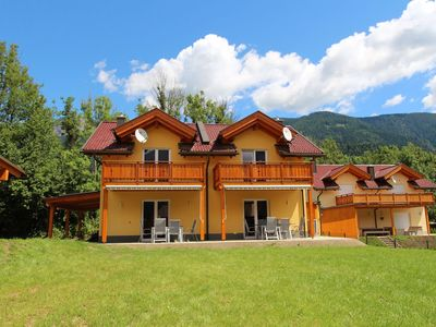 Photo for Modern chalet within walking distance of the lively town centre and the ski lift