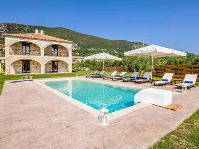 Photo for 4BR Villa Vacation Rental in Zakinthos