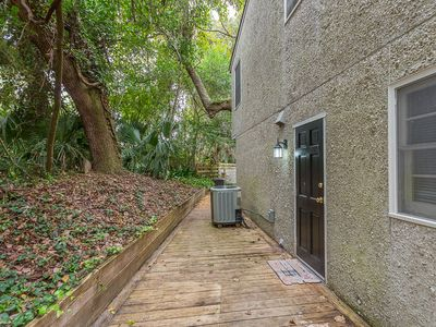 Photo for Comfortable 2 bedroom Beach Home located on quiet street