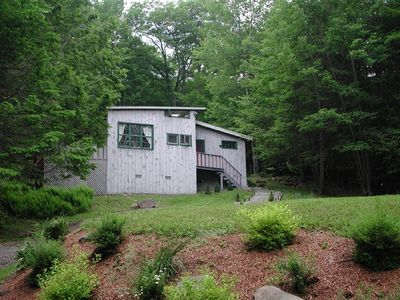 Photo for Charming Countryside Cottage in woodstock with outdoor hottub. Very private.