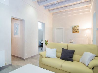 Photo for STUCCO Fully renovated, ground floor cottage in Sitges.