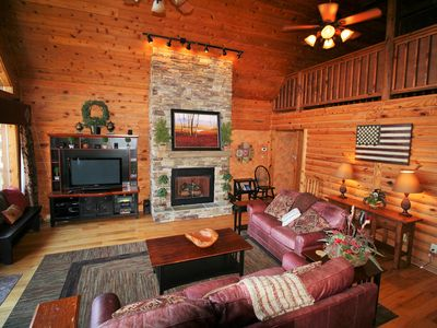 Photo for 3 bedroom, 2 bath upscale log cabin