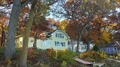 Beautiful Lake Front Property, Great Fishing Spot And Winter Sport Activities