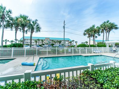 Photo for ⭐Grand Caribbean East 106⭐Across from Beach- Sep 6 to 8 $430 Total! Pool Front!