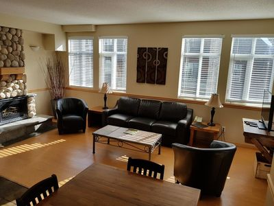 Sunset Resorts Canmore And Spa 3 Bedrooms 2 Bathrooms With Jacuzzi Canmore
