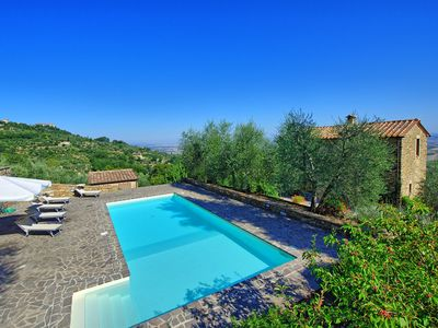 Photo for Stunning private villa for 8 people with private pool, WIFI, patio, panoramic view and parking