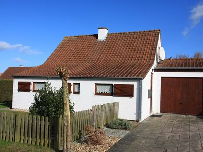 Photo for Nice holiday home in Belgium directly on the beach / sea for rent