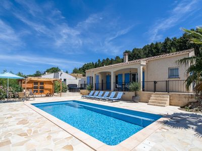 Photo for Holiday villa with aircon, Jacuzzi, private swimming pool, playground and more