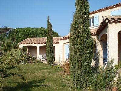 Photo for New villa, mature garden, fancy decoration, nice pool, close to pine-wood