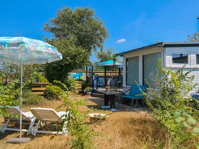 Photo for Het kleine Huis (2pers) mobile home by the harbour and the Lauwersmeer