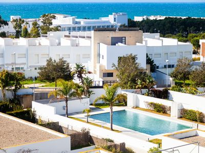 Photo for Modern Studio Apartment Close to Beach with Air-Conditioning, Wi-Fi and Balcony