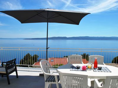 Photo for Perfect Seaview Apartment just 150m from the beach, Large Dining Terrace