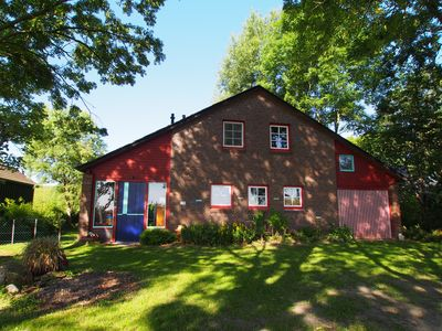 Photo for Cozy house directly on the dike - with a large dreamlike apple orchard