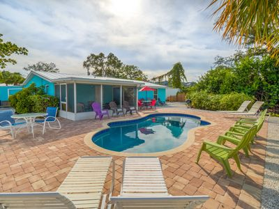Photo for POOL VIEW   King bed  Walk to beach   Screen porch   SPECIALS  DAILY RATES