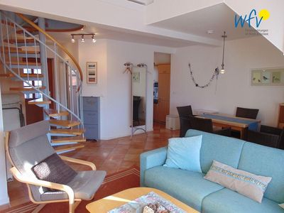 Photo for Comfortable duplex apartment with sunny south-facing balcony!