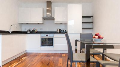 Photo for Comfortable Modern 2BR Flat in Harrow