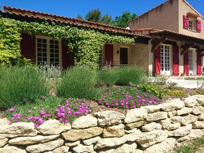 Photo for Cadenet in Provence in the Luberon on 15000 m2 Long live the Holidays!