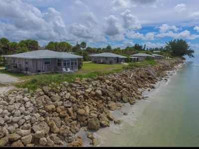 A REAL GULF FRONT BEACH COTTAGE VACATION!