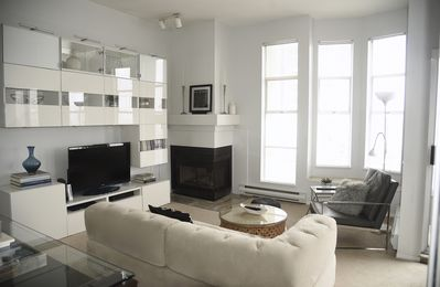 Photo for Elegant 2 Bedroom Condo