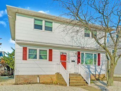 Photo for BEAUTIFUL SEASIDE PARK HOME STEPS TO THE OCEAN!