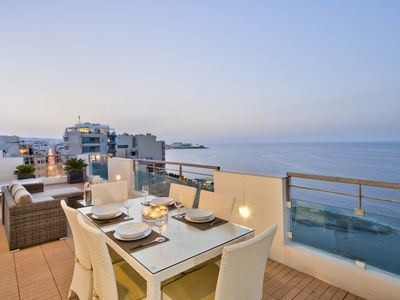 Photo for Exclusive Retreat Seafront 2-bedroom Penthouse