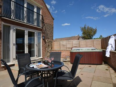 Photo for 2 bedroom Barn in Thirsk - 48116
