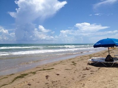 Just Steps from the Beach -Tropical Condo at the Tiki, SPI (#110) - sleeps six