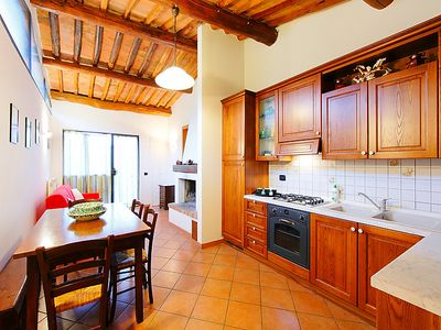 Photo for Apartment Le Buche in Castellina in Chianti - 5 persons, 2 bedrooms