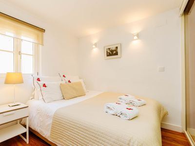 Photo for RENT4REST BAIRRO ALTO CHARMING 1 BDR APARTMENT