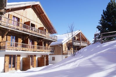 Feel right at home only 500m from the pistes!