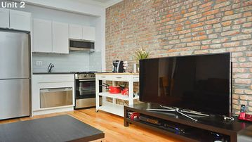 Lux Modern, Quite 1 Bedroom near Central Park
