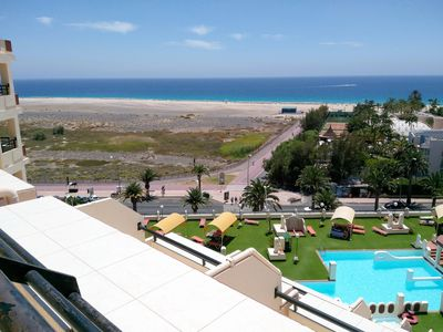 Photo for Apartment 2 / 4p in first line of sea with views to the beach, swimming pools, equipped. WIFI