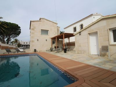 Photo for Attractive Holiday Home in Empuriabrava near Beach