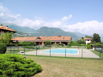 Photo for Apartment Residence Vigna del Lago (DGO121) in Dongo - 9 persons, 5 bedrooms
