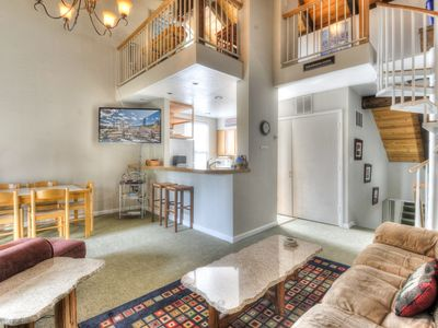 Photo for Cute Condo at the Villas in Tahoe City + HOA