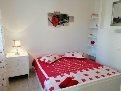 Photo for Apartments Boni (69571-A2) - Gdinj - island Hvar