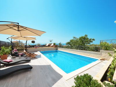 Photo for EXCLUSIVE apartment with pool, for 4-6 people, in Okrug Gornji