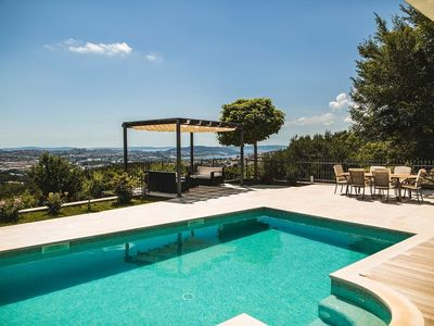Photo for 123 m from the center of Klis with Internet, Pool, Air conditioning, Parking (747116)
