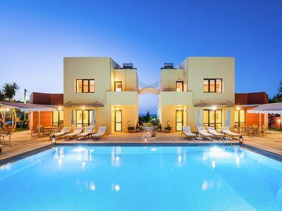 Photo for Villas Daphnis, Platanias  in Kreta - 6 persons, 3 bedrooms