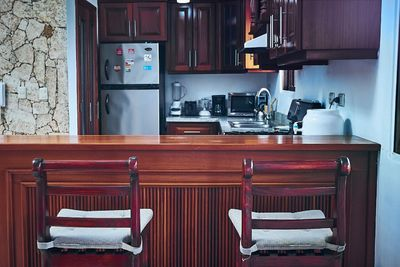 Fully equipped kitchen where you'll find modern domestic appliances